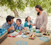 Top Reasons to Picnic with Your Kids